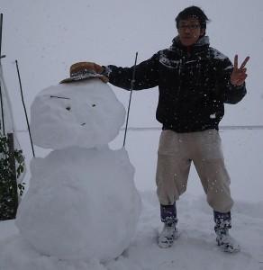 積雪が凄いですね。。。