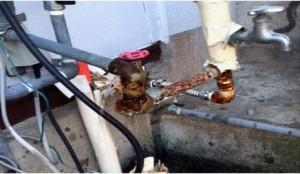 寒波による漏水修理