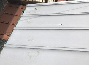 ガルバニウム合板屋根も塗装が必要